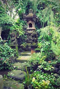 Balinese Garden Design Backyard And Front Yard Landscaping Ideas